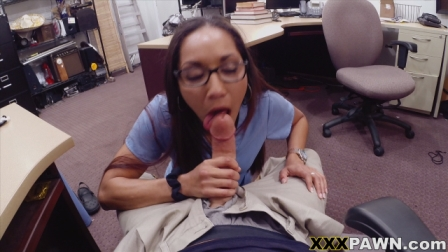 Desperate nurse will do anything for cash3