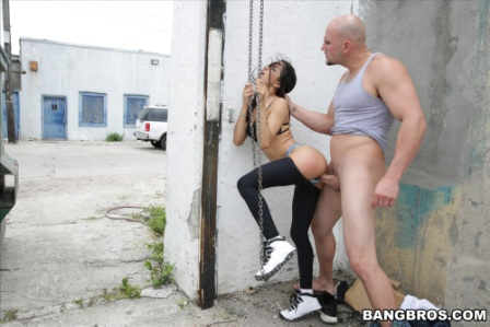 Bangbros – Veronica Rodriguez Squirts Everywhere