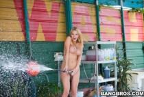 Bangbros - Babysitter Blow Job W Blake Rose