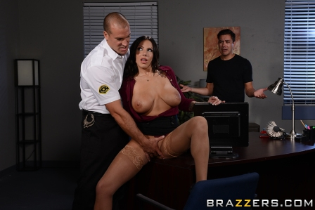 Brazzers – Overtime Tits