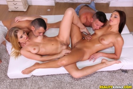 EuroSexParties – Spread wide open