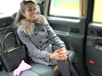 Faketaxi – Petite tight pussy loves the cock