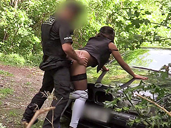 Fakecop – Brazilian Booty stopped and searched