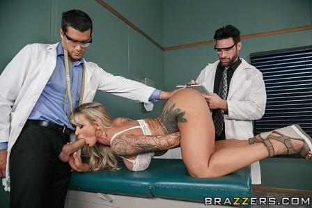 Brazzers – Pussy or Anal A ZZ Clinical Study