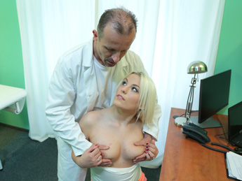 Fakehospital – Doctor Helps Blonde Get a Wet Pussy