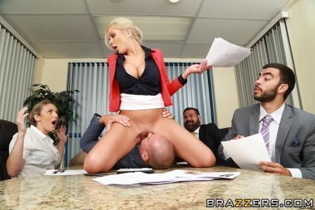 Brazzers – Eating In The Meeting