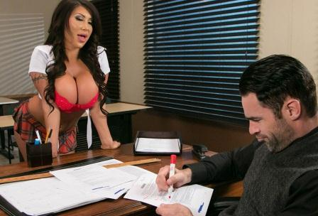 Brazzers – Whats My Grade Again