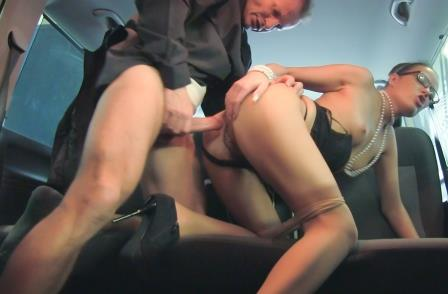 Fuckedintraffic – Horny chauffer George Uhl fucking office lady Samantha Joons
