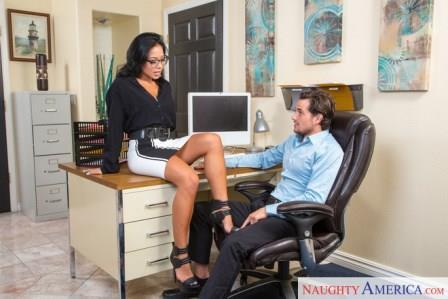 Naughty Office – Morgan Lee