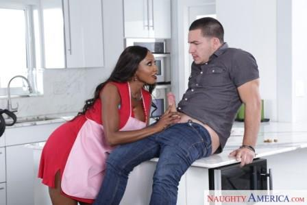 My Friends Hot Mom – Diamond Jackson