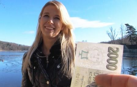 public-pick-ups-euro-blonde-bangs-outdoors