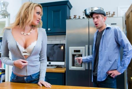 Brazzers – Dont Fuck The Mother In Law