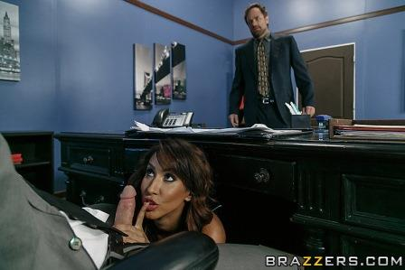 Brazzers – Spilling The Boobs