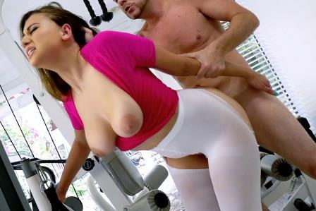 I Know That Girl – Athletic Brunettes Perfect DDDs