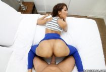 Bangbros - Ripping Kittys Yoga Pants to free that Big Bootie