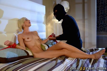 Brazzers – Dont Tell Daddy