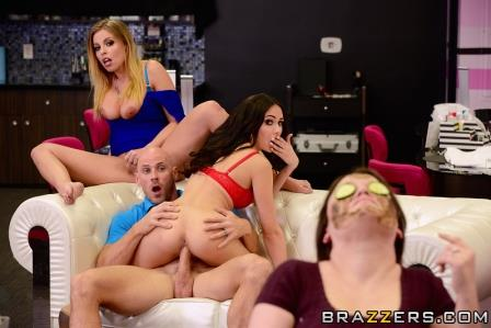 Brazzers – Getting Their Own Facials
