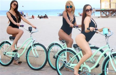 Bffs Beach Bikers