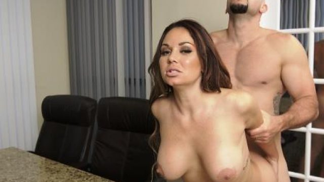 Big Tits Boss Pussy In Charge