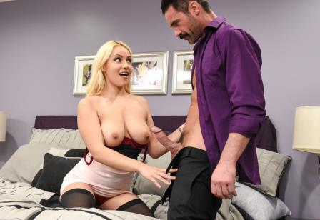 Neighbor Affair Kylie Page