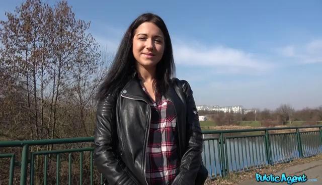 Public Agent Russian Waitress Fucked in Public