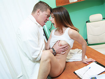 FakeHospital – Lesson in Sex for Ambitious Student
