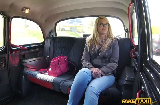 Faketaxi Backseat Rim Job and Hard Fucking
