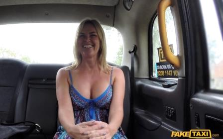 Fake Taxi Mum With Big Natural Tits Gets Dick