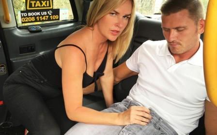 FemaleFakeTaxi Hot cab creampie for married couple