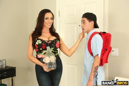 Bangbros Borrowing Milk From my Neighbor
