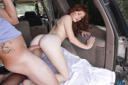 Driver XXX Alice Green Boobr – S1 E1