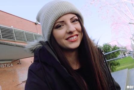 Public Pick Ups Rebecca Volpetti – Italian Cutie Rides Dick At School