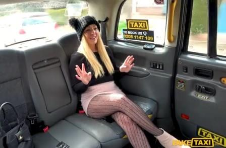 FakeTaxi Hot blonde loves to give rimjobs