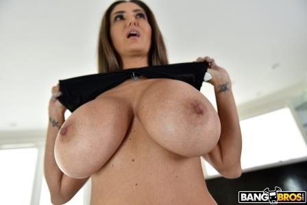 Bangbros Ava Addams In Naughty Vacuuming