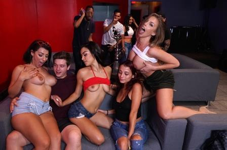 Fuck team Five Taking Over A Hookah Lounge With Pornstars