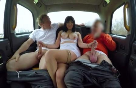 Faketaxi Driver sucked and boyfriend fucked