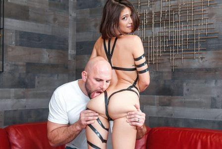 Teens Love Huge Cocks Taped Up Hottie