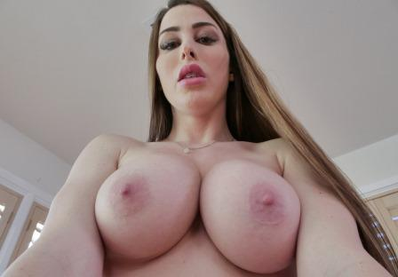 PervMom Juicy Muff For A Jailbird