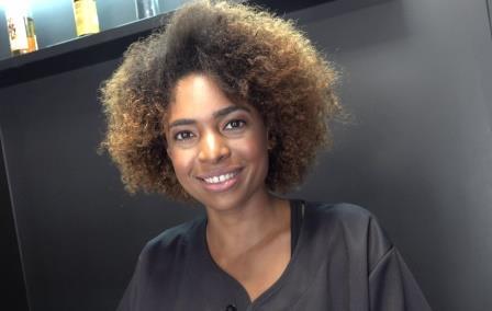 Czech Streets 121 Black sexy hairdresser