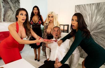 Big Tits at Work Office 4 Play Latina Edition