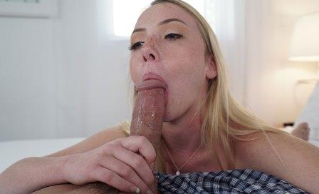 BlowJob Friday Dixie Lynn Loves To Deep Throat